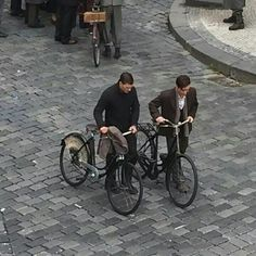 Jamie en el set de anthropoid 16/8