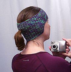 Ravelry: Fitness Headband/Earwarmer with Ponytail Hole pattern by Lynne Lounsbury (FREE PATTERN)