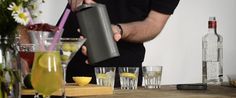 easyicecubes is raising funds for icebreaker - ice cubes made easy on Kickstarter! Make ice cubes the Century way – fill with water, freeze and rotate the lid to produce perfect ice cubes with no mess. Ice Cube Trays, Ice Cubes, Ice Breakers, Easy Projects, Home Remedies, Make It Simple, Gadgets, Cool Stuff, How To Make