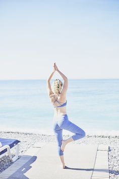 Pic Virginie Puyraimond Healthy Life - Yoga - relax Look Lorna Jane - Collection summer 2017 Blog mode