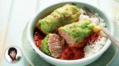 Truly conforting old-style dishes! Try this great classic from grandma recipes: cabbage rolls. Asian Recipes, Keto Recipes, Healthy Recipes, Ethnic Recipes, Vegetable Dishes, Vegetable Recipes, Stuffing Ingredients, Confort Food, Cabbage Rolls