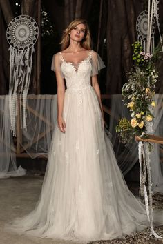 Junie - BRIDAL - Chic Nostalgia - Bohemian and Romantic Wedding Dresses