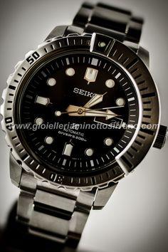 Orologio Seiko Air Divers - Un vero gioiello per gli amanti dello sport acquatico.