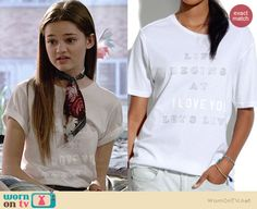 """Emma's white """"I Love You"""" graphic tee on Red Band Society.  Outfit Details: http://wornontv.net/38436/ #RedBandSociety"""