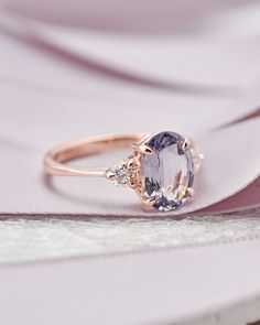 Dainty Engagement Rings, Three Stone Engagement Rings, Engagement Ring Sizes, Alternative Engagement Rings, Beautiful Engagement Rings, Unique Vintage Engagement Rings, Unconventional Engagement Rings, Different Engagement Rings, Wedding Ring Sets Unique