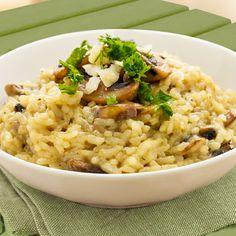 Si te da pereza preparar risotto, aquí te dejamos nuestra receta de risotto fácil en el microondas. Sigue nuestros consejos y seguro que triunfas.