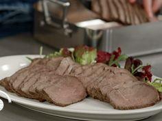 Skinkestek i leirgryte Meat, Recipes, Tv, Food, Rezepte, Essen, Recipe, Yemek