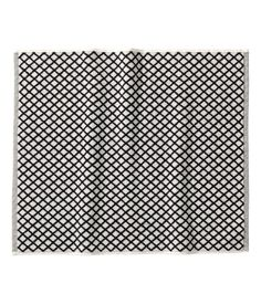 Bath Mat $9.95  Color:     Black  Size:     SIZE  24X18   Product Description   Description  Bath mat in cotton terry with a jacquard-weave diamond pattern. Size 24 x 18 in. Details  100% cotton. Machine wash hot