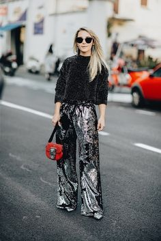 Sequins Trend with MILLY Track Pants #milanfashionweek #milan #mfw #trackpants #sequins #sequinstrend #furla #sweater #getthelook #lookoftheday #ootd #todaysdetails