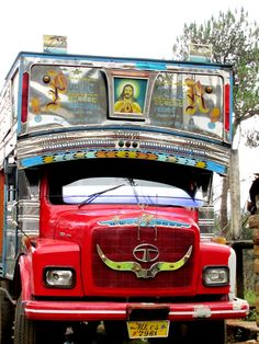 In the north-eastern states of India, many trucks have Christian iconography. Travellers Palm, Northeast India, Shillong, States Of India, India India, India Travel, Hot Wheels, Dawn, Pakistan