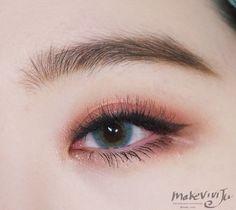 #Korea Eye Make Up #MakeUp #Akiwarinda