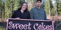 Americans who still believe in religious freedom were aghast when Oregon Christians Aaron and Melissa Klein were found guilty of discrimination. The owners of Sweet Cakes by Melissa were ordered by the Oregon labor commission to pay a lesbian couple Gay Wedding Cakes, Lesbian Wedding, Christian Cakes, Christian Faith, Cakes By Melissa, How To Make Wedding Cake, Christian Couples, Culture War, Persecution