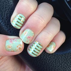 Jamberry Nails Manicure - Wraps: Vintage Chic and Mint Green & Gold Stripe elizabetha.jamberrynails.net