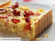 Recipe Onion, cottage cheese and bacon tart. Ingredients people): 1 shortcrust pastry, 500 g onions, 150 g cottage cheese … – Discover all our meal ideas and recipes on Cuisine Actuelle Banana Bread Recipes, Tart Recipes, Snack Recipes, Dessert Recipes, Cooking Recipes, Onion Recipes, Cheese Recipes, Desserts With Few Ingredients, Pizza Ingredients