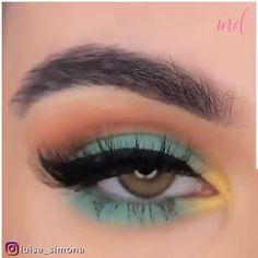 Liquid Eyeshadow, Eyeshadow Makeup, Health And Wellbeing, Makeup Videos, Eye Make Up, How To Look Pretty, Makeup Looks, Beauty Hacks, Creative