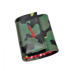 Vinyl wallet camouflage with inner pocket and print of !GO! Vespa.