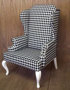 houndstooth... just buy the big houndstooth fabric and use old blue chair in basement!
