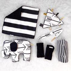 Black arrow Newborn baby set binky clip toy by SnugglyLilBabes