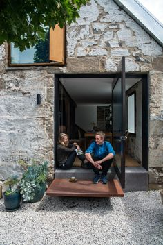 The Barn | Green Magazine Architecture Details, Interior Architecture, Weekend House, Shed Homes, Stone Houses, Windows And Doors, Future House, Building A House, Barn