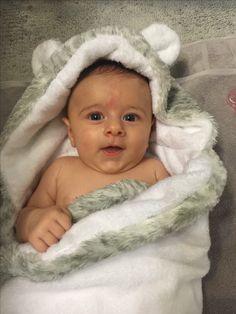 421567e54b9 89 mejores imágenes de Ropa bebé en 2019