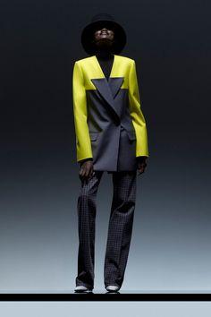 Fashion Images, Fashion Details, Fashion News, Fashion Design, Suit Fashion, Fashion Show, Fashion Dresses, Womens Fashion, Classy Outfits