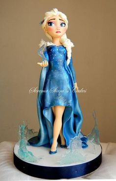 Elsa by Serena Siani Bolo Frozen, Frozen Cake, Frozen Party, Frozen Disney, Disney Diy, Fondant Toppers, Fondant Cakes, Bolo Elsa, Birhday Cake