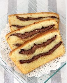 Nutella swirled pound cake - thick, gooey Nutella swirls in rich buttery pound cake Desserts With Biscuits, Köstliche Desserts, Delicious Desserts, Dessert Recipes, Cupcake Cakes, Cupcakes, Cooking Cake, Pound Cake Recipes, Love Food