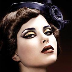 Illamasqua Make Up, 50s Makeup, 70s Disco Makeup, Circus Makeup, Vintage Makeup, Full Makeup, Dark Makeup, Vintage Hair, Vintage Beauty