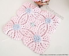 Lacy Crochet Motif with Overlapping Circles - blue and pink sample piece and motif pattern pinned here also. Crochet Ripple, Baby Blanket Crochet, Crochet Motif, Crochet Flowers, Crochet Hooks, Crochet Baby, Free Crochet, Knit Crochet, Crochet Stitches Patterns