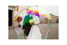 Hochzeitsfoto: Fotograf Christian Ott Artwork, Painting, Soap Bubbles, Crate, Search, Work Of Art, Painting Art, Paintings, Painted Canvas