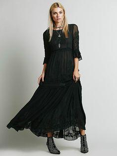Bohemia embroidery maxi dress women's white ruffles elegant sweet long loose dress fashion party dresses