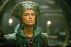"""Keira Knightley as Elizabeth Swann dans """"Pirates des Caraïbes"""" Keira Knightley Pirates, Keira Christina Knightley, Elizabeth Swann, Elizabeth Bennet, Theatre Costumes, Movie Costumes, Fictional Heroes, Pirate Queen, Captain Jack Sparrow"""