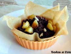 Tartaleta de morcilla con manzana Canapes Faciles, Relleno, Bacon, Queso, Homemade Recipe, Potatoes, Appetizers, Recipes, Cook
