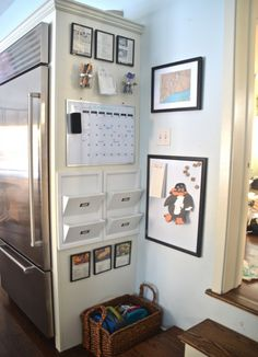 Counter Clutter: 14 Kitchen Organizing Tips Conquer counter and cabinet clutter with these 14 clever and easy kitchen organizing tips!Conquer counter and cabinet clutter with these 14 clever and easy kitchen organizing tips! Wand Organizer, Family Organizer, Mail Organizer Wall, Organization Station, Home Organization, Organizing Tips, Organising, Kids Homework Organization, Kitchen Calendar Organization