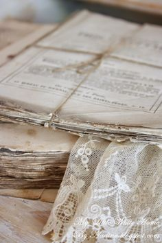 Old French papers and lace  My little white home by Nadine: Au naturelle