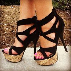 Shoespie Black Cutout Wooden Platform Sandals
