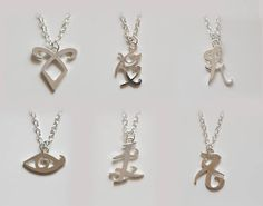 The ShadowHunters inspired Rune Necklaces Shadowhunters Series, Shadowhunters The Mortal Instruments, Mortal Instruments Runes, Clary Et Jace, Rune Tattoo, Fandom Jewelry, Cute Jewelry, Unique Jewelry, City Of Bones