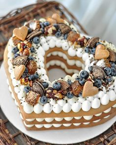 ❤❤❤ You've to Love what you do!😍Хромова Мария Олеговна Do you know how to make Number cake?🤗 - Start to bake with All number cakes recipes in bio! Food Cakes, Cupcake Cakes, Cake Fondant, Cake Recipes, Dessert Recipes, Heart Shaped Cakes, Biscuit Cake, Number Cakes, Pretty Cakes