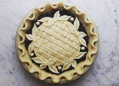 Blueberry basket pie