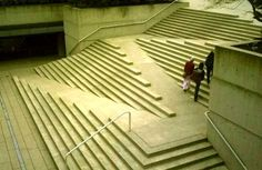 Robson Square Merdivenleri - Vancouver, Kanada
