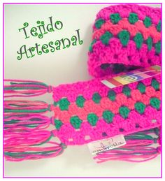 Bufanda tejida en crochet Diseño Exclusivo  AMBROSIA: www.facebook.com/Ambrosiaropainfantil