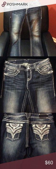 "Like New Vigoss The NY Slim Bootcut 9/10 Like new EUC!!! Size 9/10 with 33"" length. New York slim Bootcut style Vigoss Jeans Boot Cut"