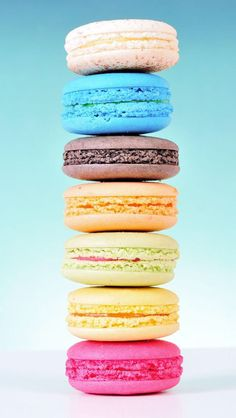 Macaron Wallpapers for iPhone images) Macaron Wallpaper, Cake Wallpaper, Wallpaper Iphone Cute, Best Macaron Recipe, Macaroon Recipes, Futaba Y Kou, How To Make Macarons, Cute Desserts, Aesthetic Food