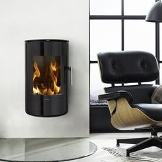 Morso Stoves - Quality, Danish Wood-burning and Multi-Fuel Stoves. Buy your Morso Stove from Authorised UK retailer. Small Fireplace, Stove Fireplace, Morso Stoves, Wood Stoves, Fireplaces For Sale, Modern Stoves, Stove Heater, Multi Fuel Stove, Into The Woods
