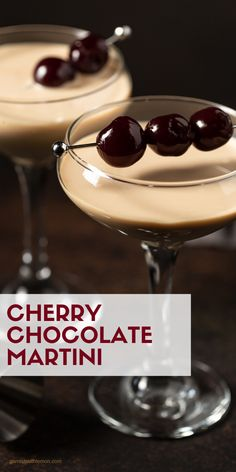 Hosting a party? Dessert cocktails are a fun addition to any cocktail menu and this Cherry Chocolate Martini is guaranteed to be a hit! Chocolate Martini, Chocolate Souffle, Chocolate Bark, Chocolate Peanut Butter, Chocolate Cocktails, Cocktail Desserts, Cocktail Menu, Party Desserts, Cocktail Recipes