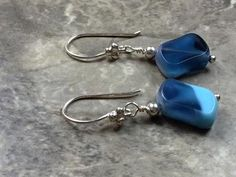 Blue Sterling silver earrings - Tabular earrings - blue rectangular earrings - blue earrings -blue tabular earrings Beautiful blue tabular earrings made with Czech beads and sterling silver hook. Gems Jewelry, Diy Jewelry, Beaded Jewelry, Jewelry Making, Jewelry Ideas, Jewellery, Blue Earrings, Beaded Earrings, Earrings Handmade