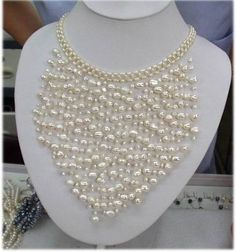 XaXe.com - Charming! Handmade White Cultured Pearl Necklace