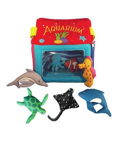 Mini marine biologists can go on an ocean adventure with this adorable plush set. The animals' bright and darling designs are sure to inspire kids and spark their imaginations, encouraging them to play and be creative.