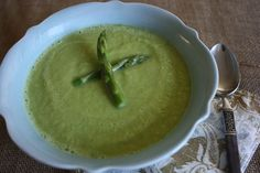 Asparagus Soup - vegan cream of asparagus soup. Eat it raw, warmed, or cooked!