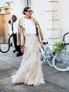 How to wear a maxi skirt now? It's all about picking a sleek silhouette and styling it without a sign of boho.